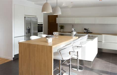 la maison de la cuisine une maison contemporaine à moigné 35 caroline desert