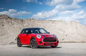 Mini Cooper S Jcw : 2015 mini cooper reviews and rating motor trend ~ Medecine-chirurgie-esthetiques.com Avis de Voitures