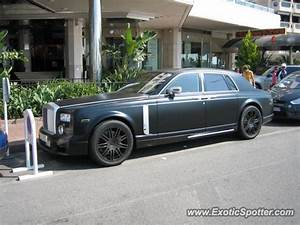Rolls Royce France : rolls royce phantom spotted in cannes france on 07 26 2010 ~ Gottalentnigeria.com Avis de Voitures