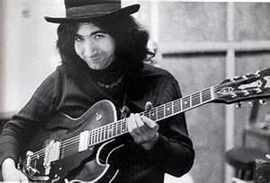 Jerry Garcia guitar history