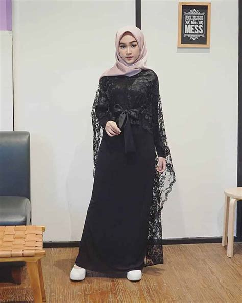 model kebaya brokat modern terbaru muslim atasan