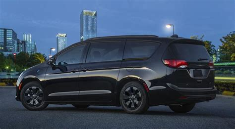 10 Updates You'll Enjoy For The 2019 Chrysler Pacifica