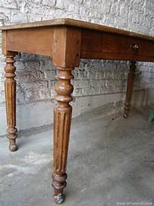 Table Ancienne De Ferme : ancienne table de ferme en bois d but xxe artsenick ~ Teatrodelosmanantiales.com Idées de Décoration