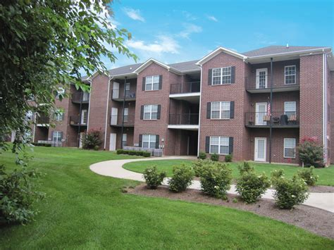 Camelot Apartments Bowling Green Ky by Jackson S Landing Apartments Bowling Green Ky
