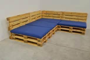 sofa aus europaletten yarial sitzecke europaletten anleitung interessante ideen für die gestaltung eines