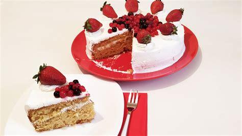 Tortë me fruta - Tortë në kushte shtëpie - YouTube