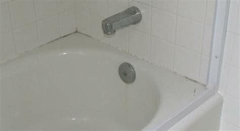 re caulk moldy bathtub i am caulking to you