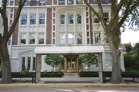 Apartments In Lakeview Chicago Craigslist by 2440 N Lakeview Chicago Apartments For Sale