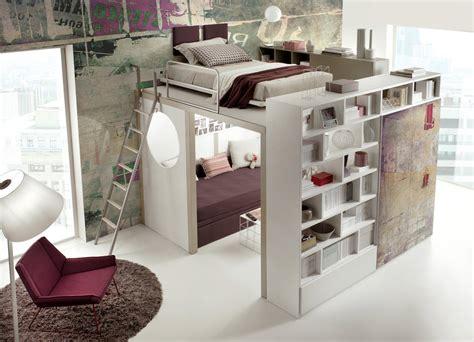 chambre avec lit mezzanine 2 places lit enfant mezzanine avec bureau