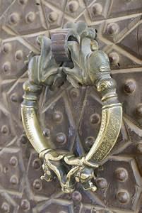 Poignée De Porte Vintage : poign e de porte en bronze de vintage dans la mosqu e d 39 agha bozorg kashan iran photo stock ~ Teatrodelosmanantiales.com Idées de Décoration