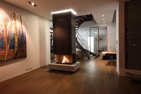 Moderne Kamine Feuertisch Tunnelkamin Dreiseitiger Kamin
