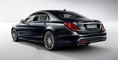 Mercedes-benz S600 Debuts In Detroit