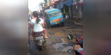 Aborsi Cepat Jawa Barat Jalan Rusak Parah Naik Angkot Di Bojonggede Berasa Naik