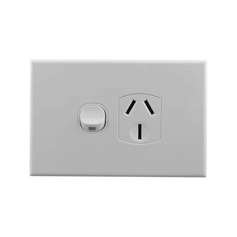 single power outlet 20a connected switchgear