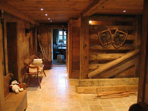 interieur chalet vieux bois vieux bois en haute savoie savoie italie suisse pour construction et am 233 nagement
