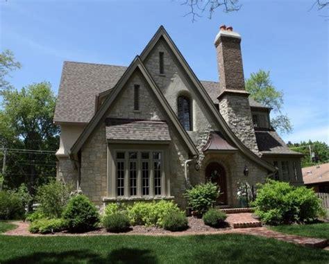 Old World English Cottage House Plans