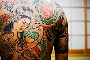 Amazing Stuff! » NSFW: Amazing Yakuza tattoos
