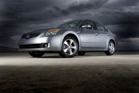 nissan altima tuner 2007 nissan altima hybrid blends great performance style