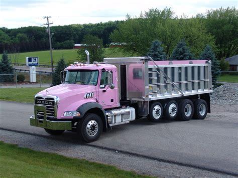 mack dump truck custom mack dump truck trucks 2 pinterest dump