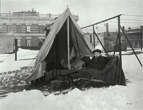 tent and table new york man in tent outdoors new york city health hospitals