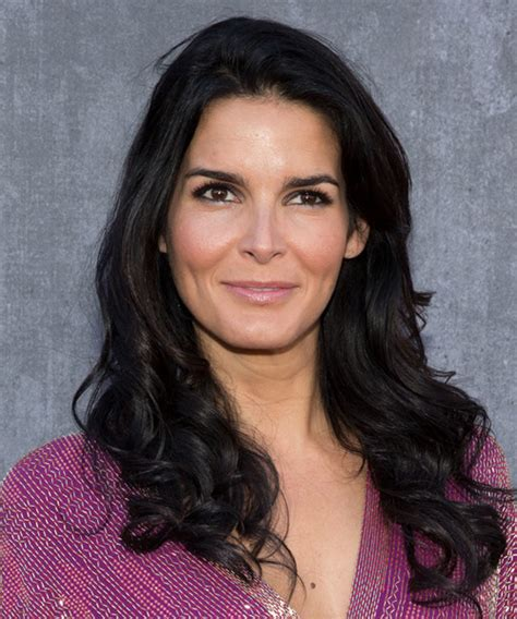 Angie Harmon Hairstyles for 2017   Celebrity Hairstyles by