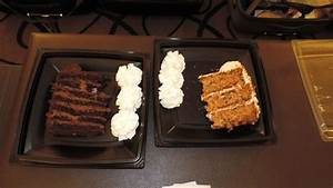 Chocolate Tower Truffle Cake und Carrot Cake - Picture of ...