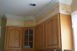 crown molding kitchen 2081