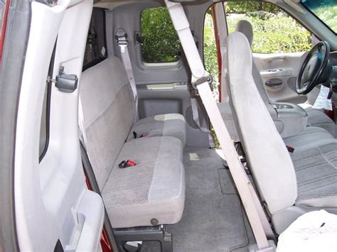 ford  xl xcab front   seat set front