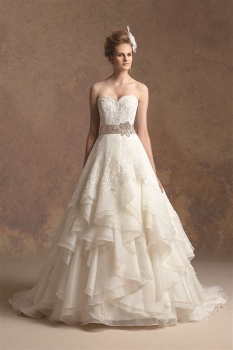 Country Chic Wedding Dress