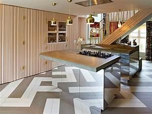 Designing Mirrored Kitchen Islands