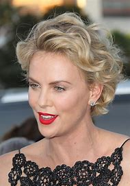 Charlize Theron Hairstyles Short Hair