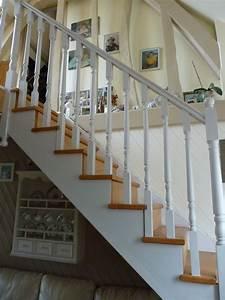 Peindre Escalier En Bois : deco peindre un escalier en bois ~ Dailycaller-alerts.com Idées de Décoration