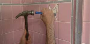 How to remove a bathroom wall tile today39s homeowner for Removing tile from walls in bathroom