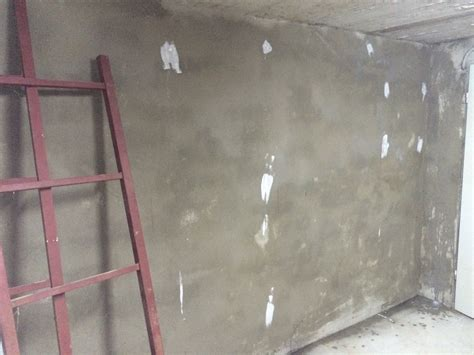 Richtig Streichen Erste Hilfe Bei Patzern by Verputzte Wand Streichen Verputzte Wand Streichen Stop