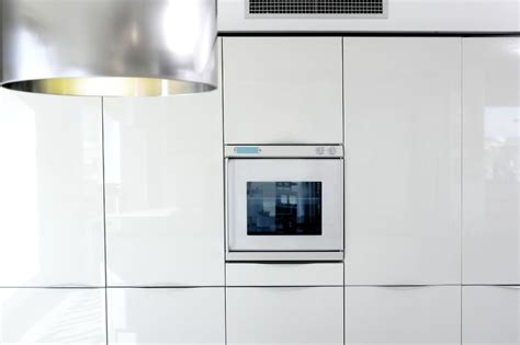 display cabinet with glass high gloss white cabinet doors
