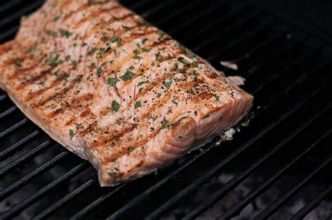 how to grill salmon how to grill salmon