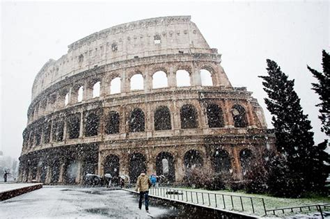 Ingresso Colosseo E Fori Imperiali - maltempo chiusi colosseo e fori imperiali e i turisti