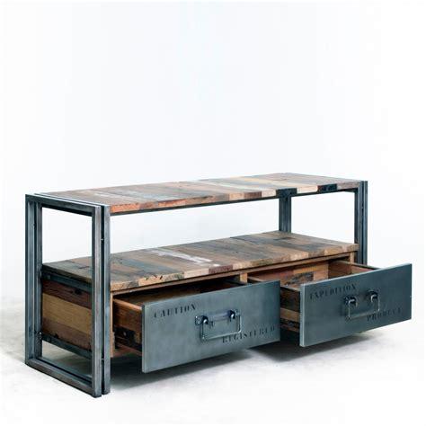assurance chambre meuble tv style industriel bois de bateau recyclé et