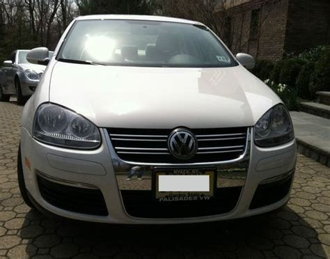 Purchase Used 2010 Volkswagen Jetta S Sedan 4-door 2.5l In
