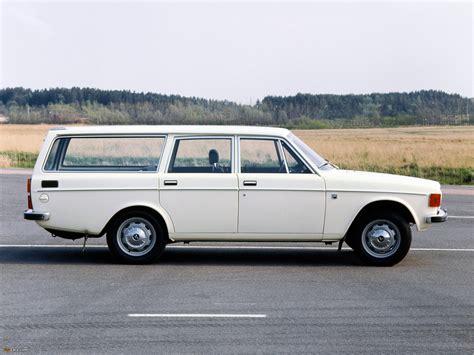 Photos of Volvo 145 1973–74 (2048x1536)