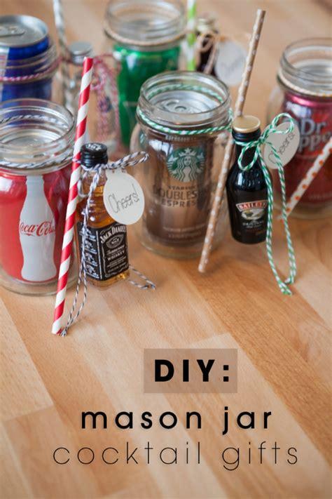 DIY: Mason Jar Cocktail Gifts For Men