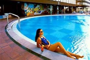 Neu Swimming Pool : swimming pool picture of le meridien new delhi new delhi tripadvisor ~ Markanthonyermac.com Haus und Dekorationen