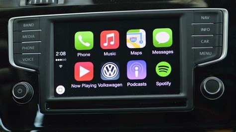 Apple Carplay Review Living With The Future Of