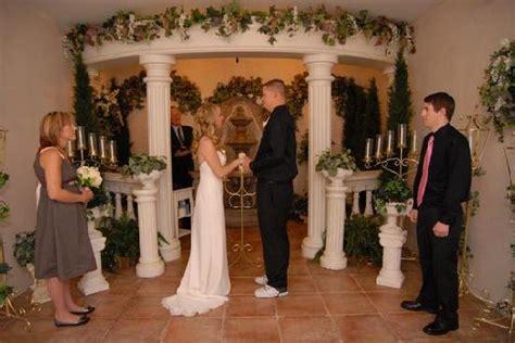 alter picture  vegas wedding chapel las vegas