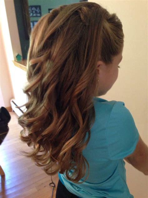 half up half curls junior bridesmaid hairstyles