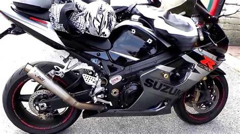 Honda Suzuki moto raduno honda suzuki yamaha motociclette da strada
