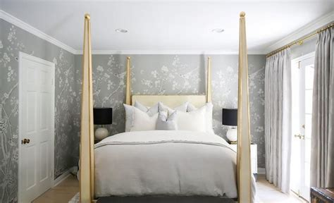 gold  canopy bed  gray chinoiserie wallpaper