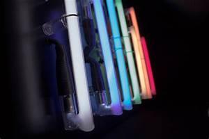 Tube Neon Couleur Deco : nuances de n ons scintens n on d co ~ Melissatoandfro.com Idées de Décoration