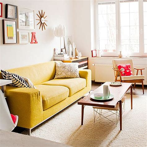 Living Room Yellow Sofa by 25 Best Ideas About Yellow On Yellow