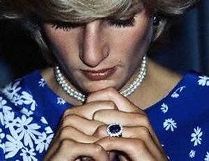 11 images from the iconic wedding of prince charles and With diana wedding ring